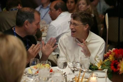Steve Jobs and Bill Gates at dinner.